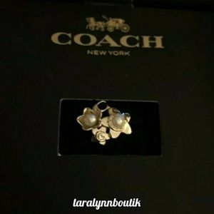 🐎Coach| Blooming Flower Cluster Ring🐎